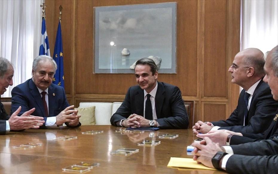 Ο Χαφτάρ στη Βουλή: Ήρθαμε να συζητήσουμε για την ειρήνη