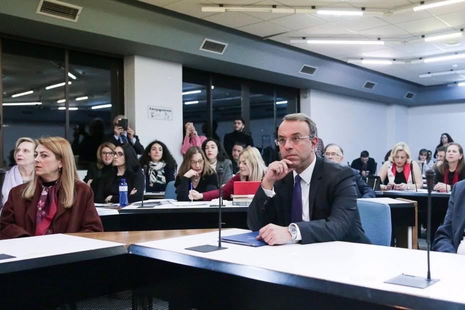 Ψήφος εμπιστοσύνης στην Ελλάδα από το 15ετές ομόλογο, τόνισε ο Σταϊκούρας