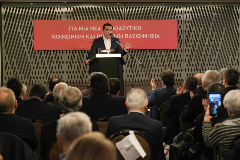 Και πάλι ο Τσίπρας για νέα θητεία Παυλόπουλου στην ΠτΔ
