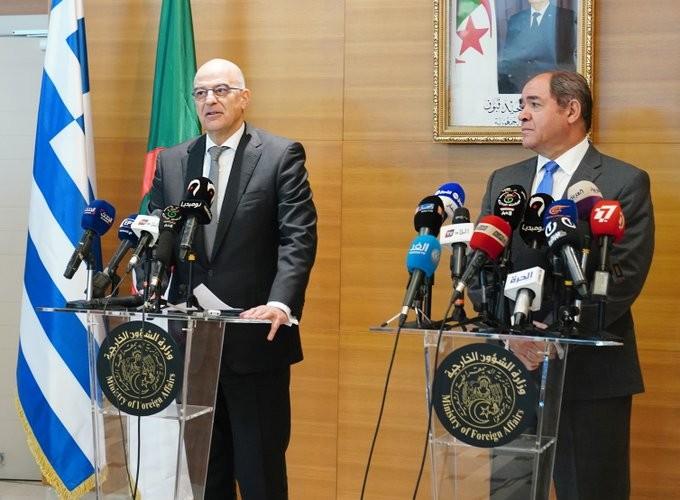Δένδιας: Ελλάδα και Αλγερία εναντίον κάθε είδους ξένης εμπλοκής στη Λιβύη