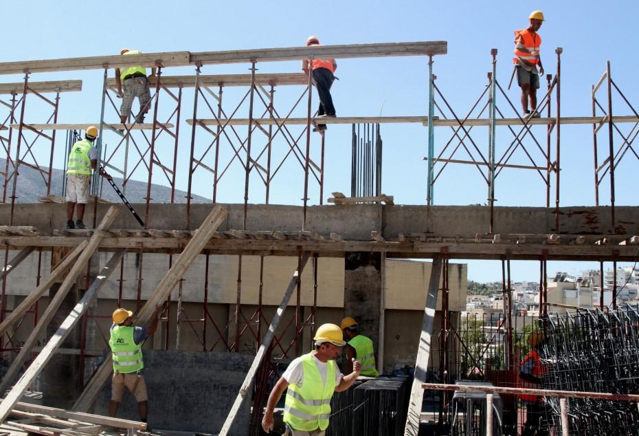 Ο «πάγος» στον ΦΠΑ ενίσχυσε την οικοδομή