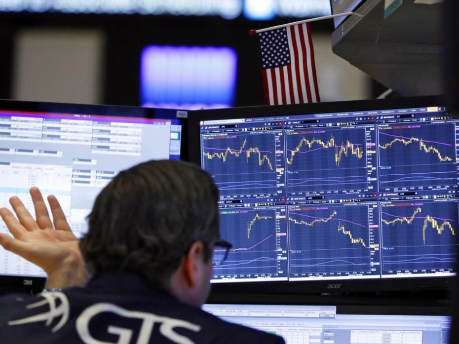 Sell off και στη Wall Street τη Δευτέρα, από την εξάπλωση του κοροναϊού