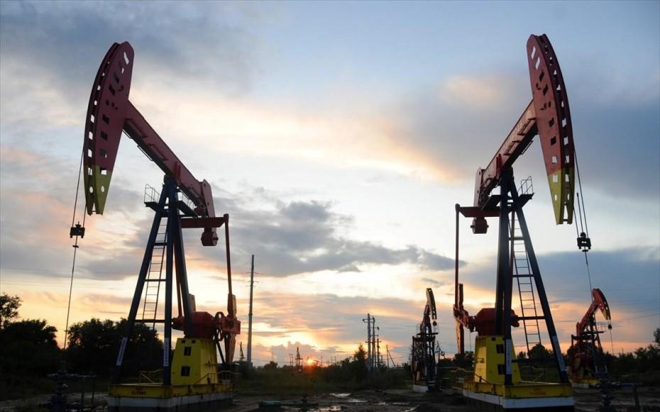 «Βουτιά» 17 ετών για το πετρέλαιο