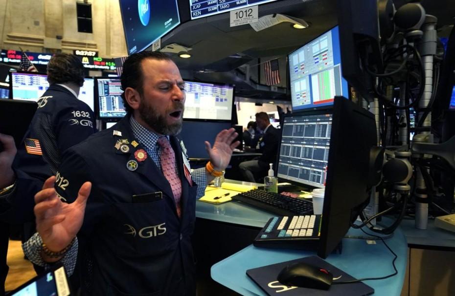 Νέα κατακόρυφη πτώση στη Wall Street, αναμένοντας μέτρα για τον κοροναϊό