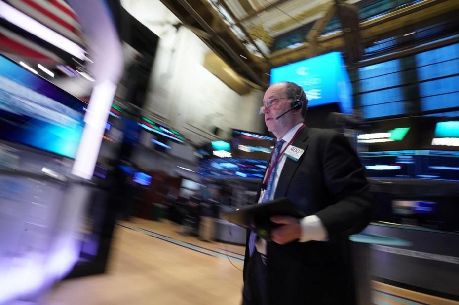 Ανάκαμψη στη Wall Street μετά το ξεπούλημα