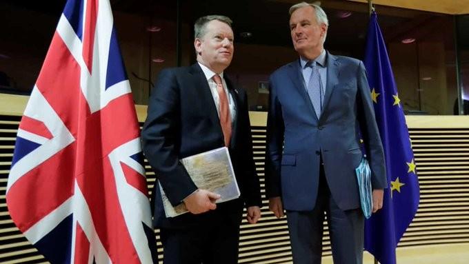 Παραμένουν μεγάλες αποστάσεις για τις εμπορικές σχέσεις ΕΕ - Βρετανίας