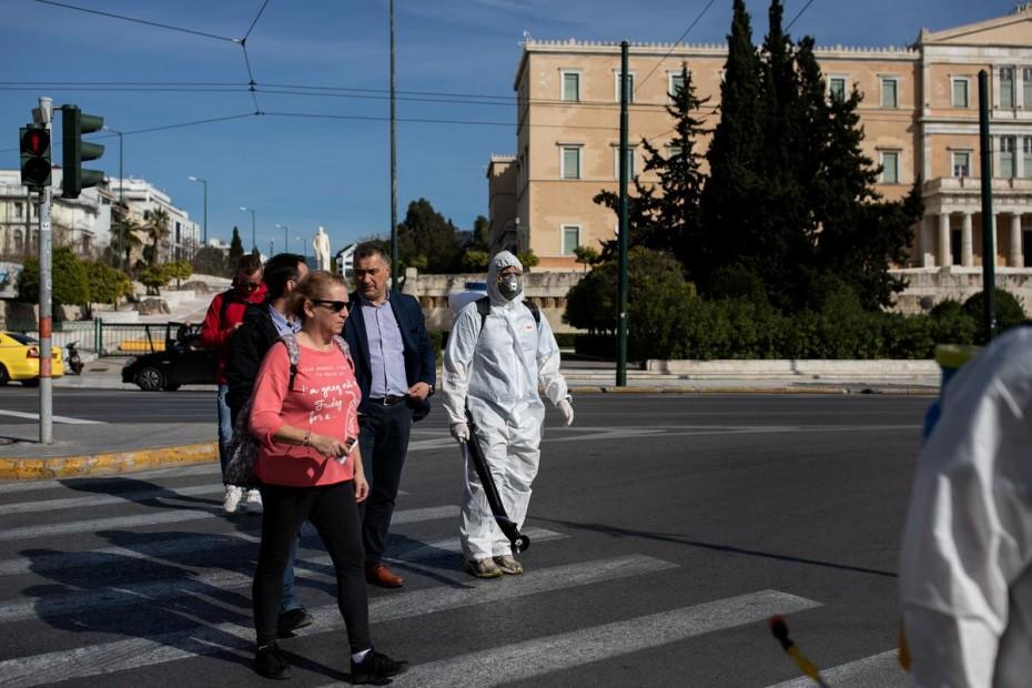 Κοροναϊός: Νωρίτερα και ταχύτερα τα μέτρα στην Ελλάδα