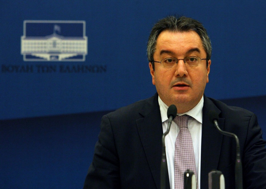 Κοροναϊός: O Ηλίας Μόσιαλος εκπρόσωπος της κυβέρνησης στους διεθνείς οργανισμούς