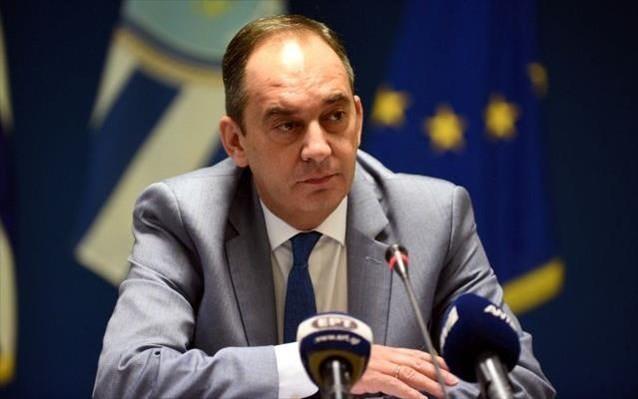 Ο Πλακιωτάκης ανακοίνωσε 12 μέτρα για τη στήριξη της ακτοπλοΐας