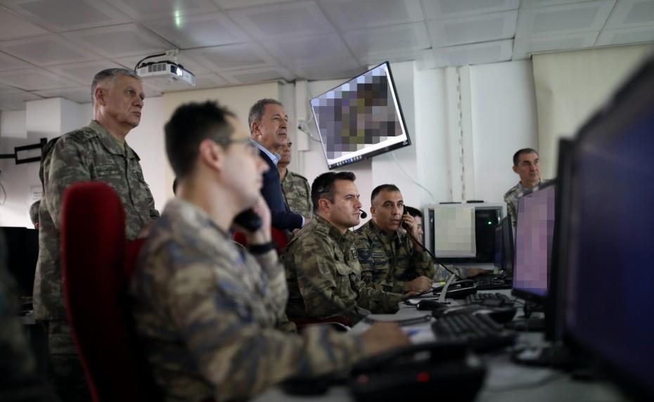 Επανεκκινούν επίσημα οι στρατιωτικές επιχειρήσεις της Τουρκίας κατά της Συρίας