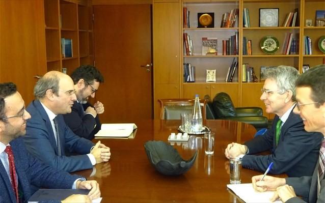 Συνάντηση Χατζηδάκη με τον πρέσβη των ΗΠΑ για τα ενεργειακά