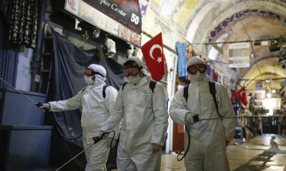 Στους 425 οι νεκροί από τον κοροναϊό στην Τουρκία