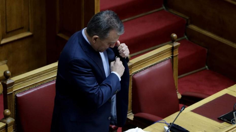 Αντεπίθεση Βρούτση από τη Βουλή για ΚΕΚ και πρόγραμμα τηλεκαράρτισης