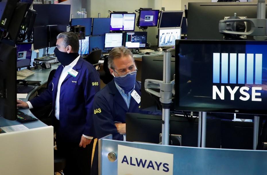 Η Κομισιόν επηρεάζει θετικά τη Wall Street την Τετάρτη