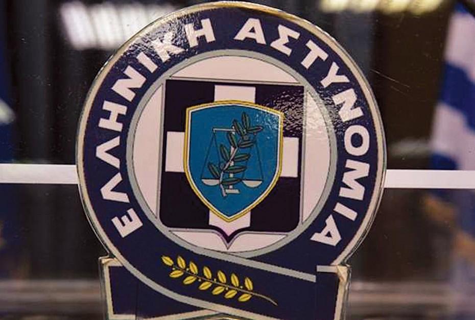 Πυρπόλησαν αυτοκίνητα τα ξημερώματα στα δικαστήρια της Ευελπίδων