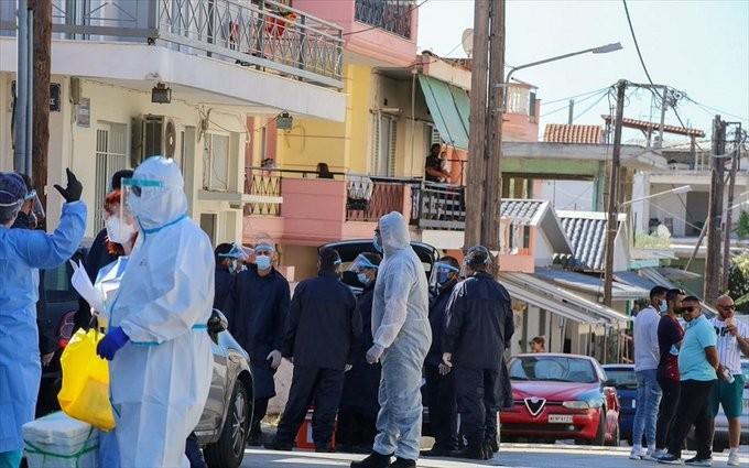 Κοροναϊός: 12 νέα κρούσματα στον οικισμό της Ν. Σμύρνης στη Λάρισα
