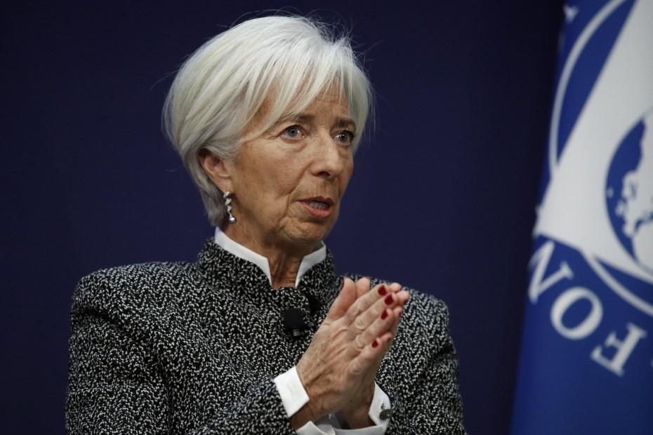 Λαγκάρντ: «Βλέπει» ύφεση 8%-12% στην Ευρωζώνη