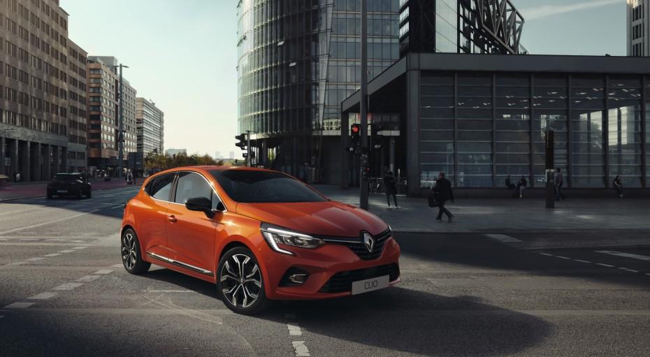 «Ψαλιδίζει» τις θέσεις εργασίας και η Renault