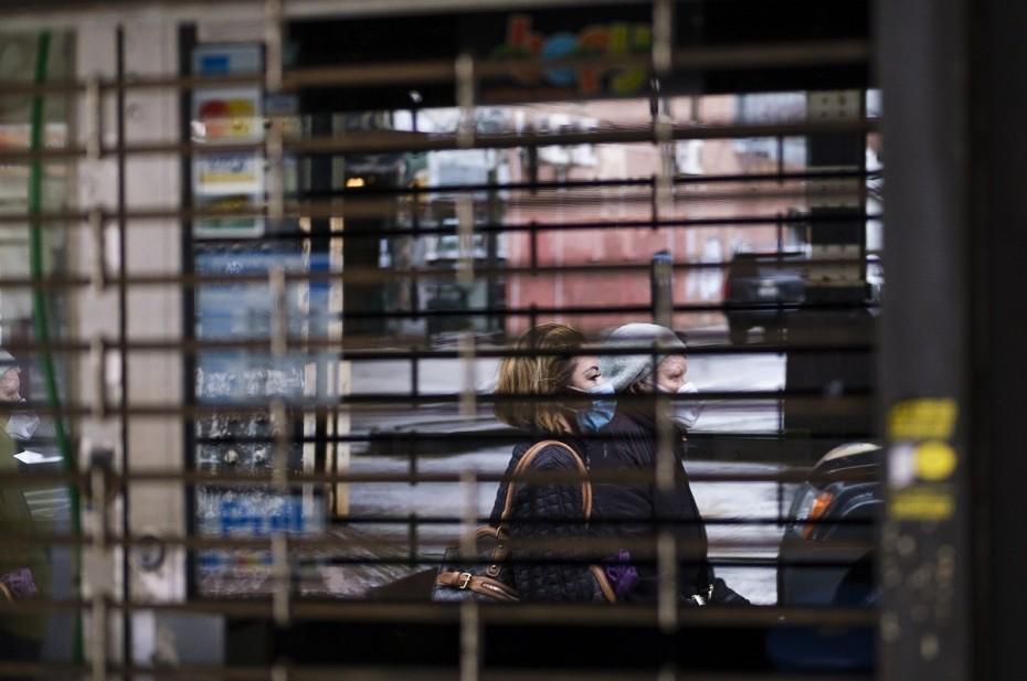Αρνητικές οι μετρήσεις του ΙΟΒΕ για την ελληνική οικονομία