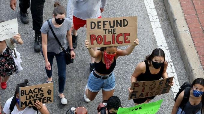 Νέες διαδηλώσεις στις ΗΠΑ μετά την κηδεία του Τζορτζ Φλόιντ