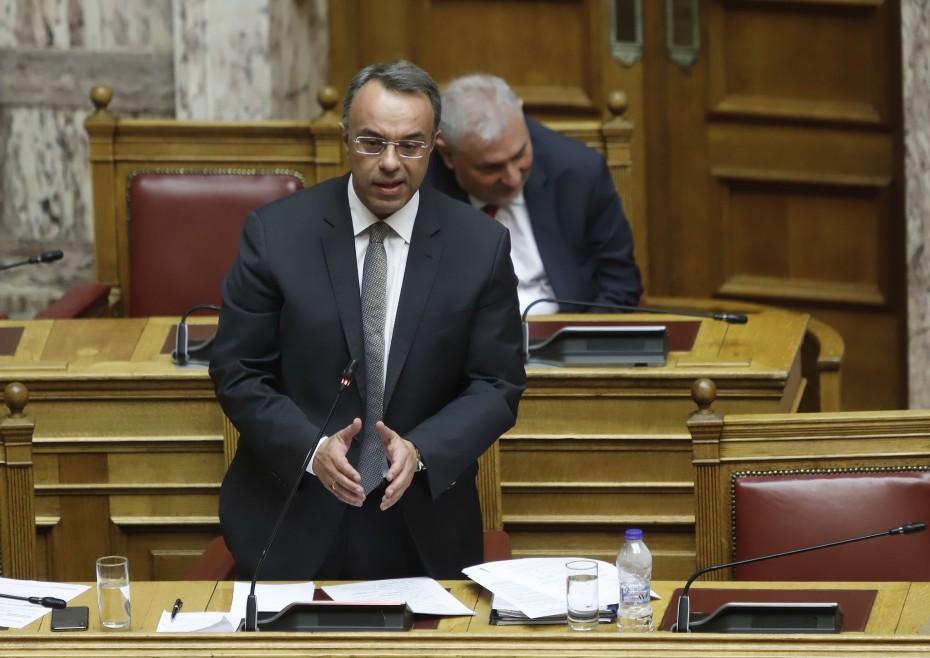 Κάτω του μέσου όρου η ύφεση στην Ελλάδα, τόνισε ο Σταϊκούρας