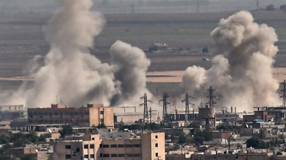 Έξι νεκροί σε αεροπορικές επιδρομές στη Συρία