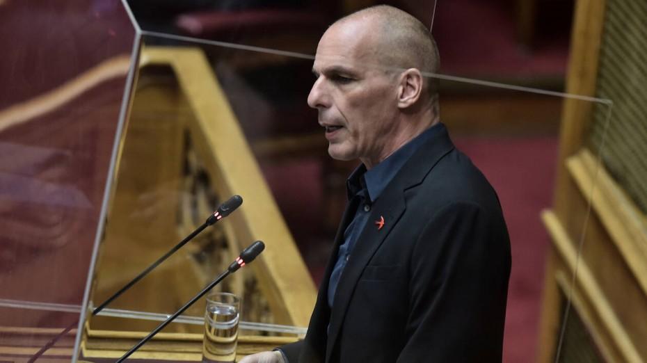 Καταγγελία Βαρουφάκη κατά Μητσοτάκη για ερώτηση στη Βουλή