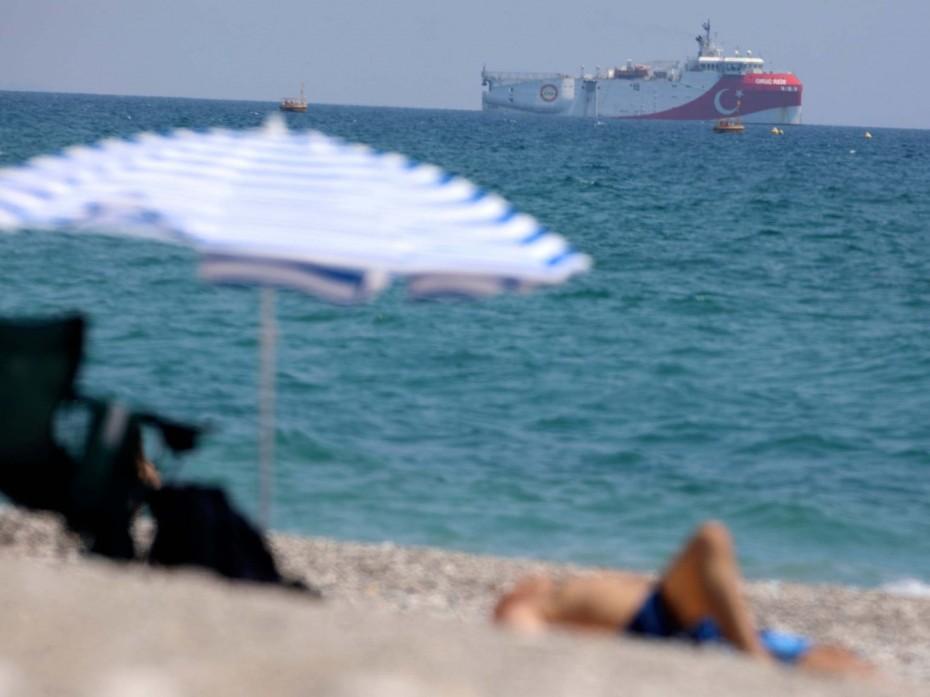 Η Ελλάδα να υποχωρήσει για τα κυριαρχικά δικαιώματα των νησιών, γράφει η SZ