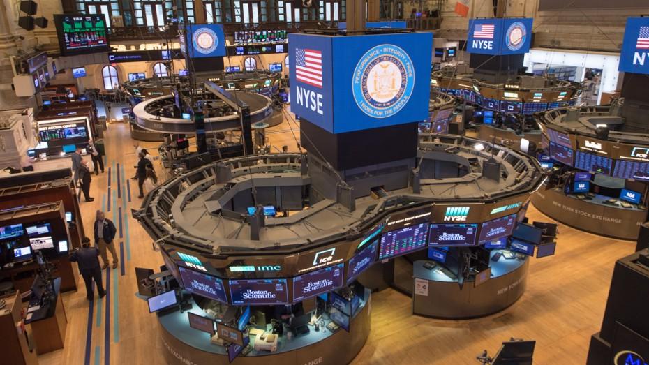 Αρνητικό κλίμα στη Wall Street, μετά τα αμερικανικά μάκρο
