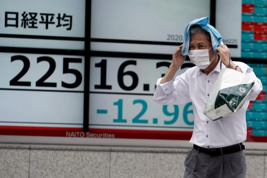Βαρίδι για τα ασιατικά χρηματιστήρια η ύφεση στις ΗΠΑ