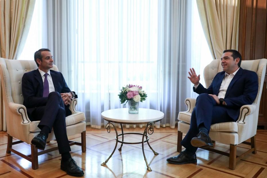 Πάνω από το 20% η διαφορά ΝΔ - ΣΥΡΙΖΑ, σε νέα δημοσκόπηση