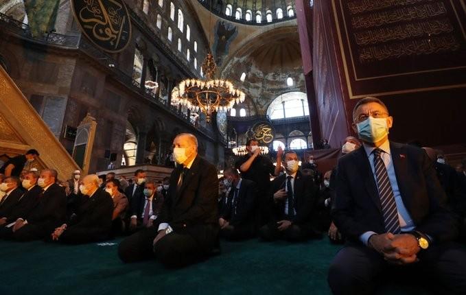 Ερντογάν για Αγία Σοφία: 350.000 άνθρωποι στη σημερινή προσευχή
