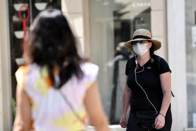 Υποχρεωτική η χρήσης μάσκας στην Κύπρο - Πρόστιμα 300 ευρώ