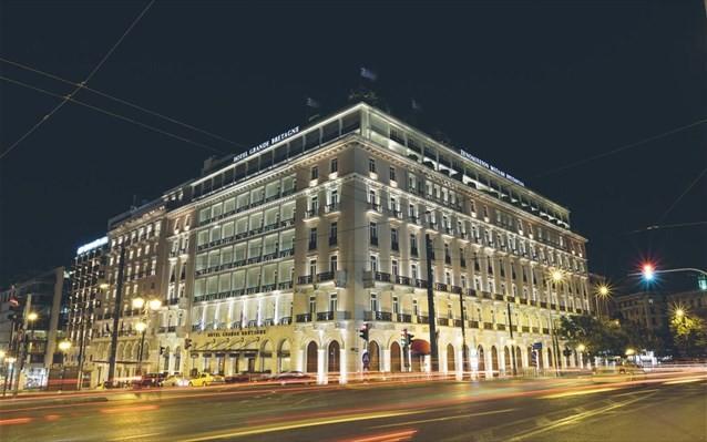 Το ξενοδοχείο Μεγάλη Βρετάνια ανοίγει και πάλι στις 15 Ιουλίου