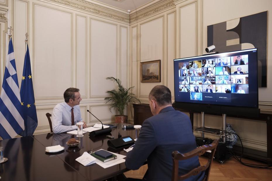 Ο Μητσοτάκης συστήνει Επιτροπή για την ανάκαμψης της οικονομίας
