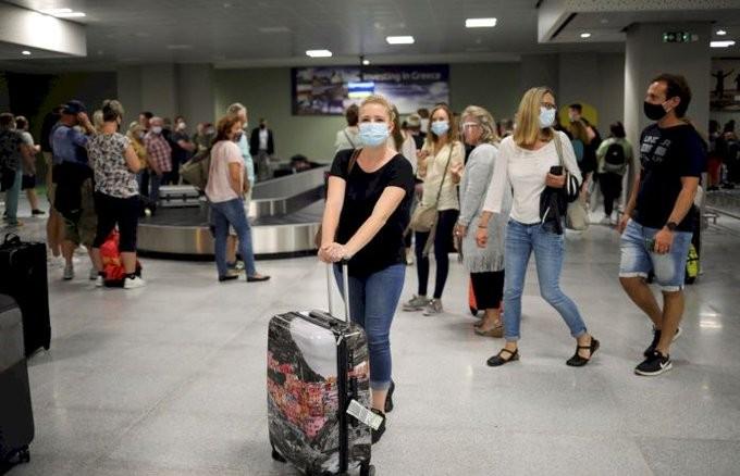 Περισσότερες πτήσεις της LOT από την Πολωνία προς την Ελλάδα