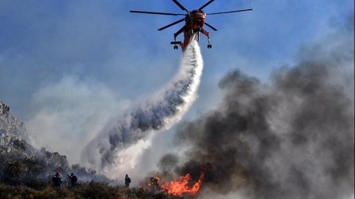 Καλύτερη η εικόνα από την πυρκαγιά στο Λαύριο - Εξετάζεται ο εμπρησμός