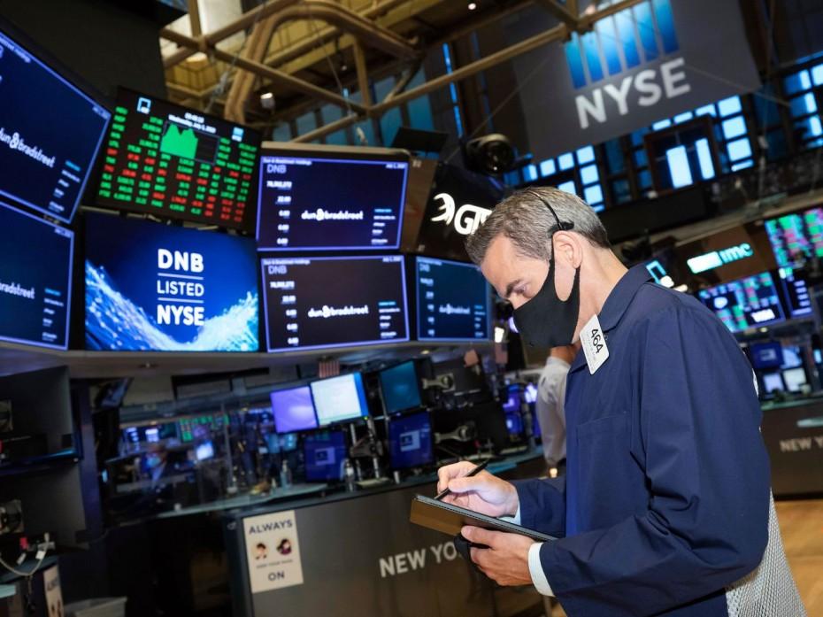 Με μεγάλη άνοδο ξεκινάει την εβδομάδα η Wall Street