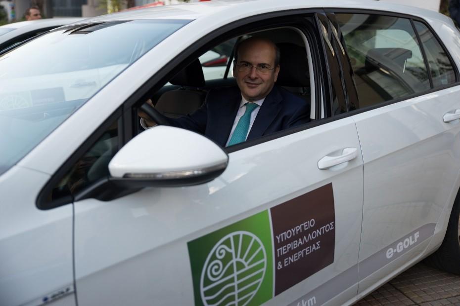 Ηλεκτροκίνηση: Οι πέντε άξονες του «πράσινου νομοσχεδίου»
