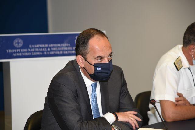 Ο Πλακιωτάκης ζήτησε αυξημένους ελέγχους σε λιμάνια και πλοία εν όψει Δεκαπενταύγουστου