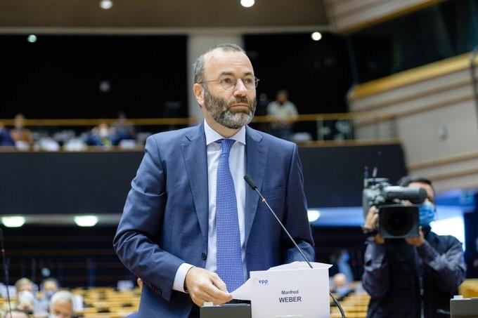 Βέμπερ: Η συμφωνία Ελλάδας - Αιγύπτου ενισχύει την σταθερότητα στην ανατ. Μεσόγειο