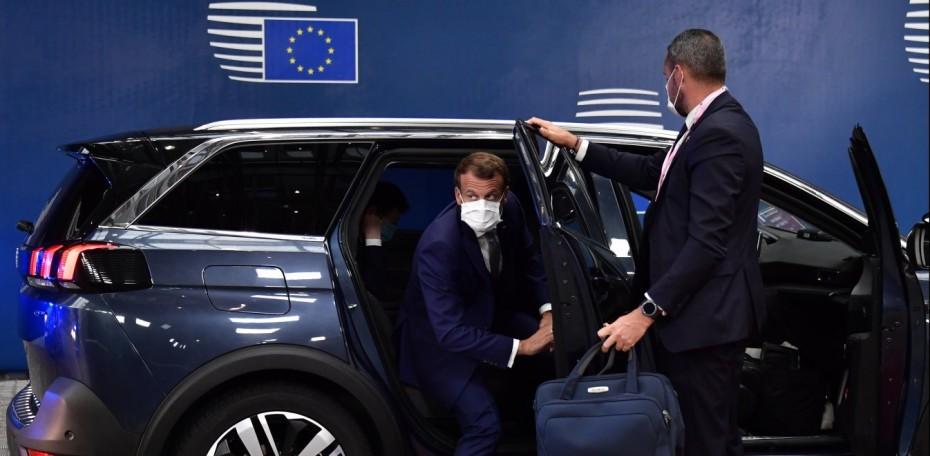 Ηχηρό μήνυμα Μακρόν σε ΕΕ και «πυρά» κατά Ερντογάν
