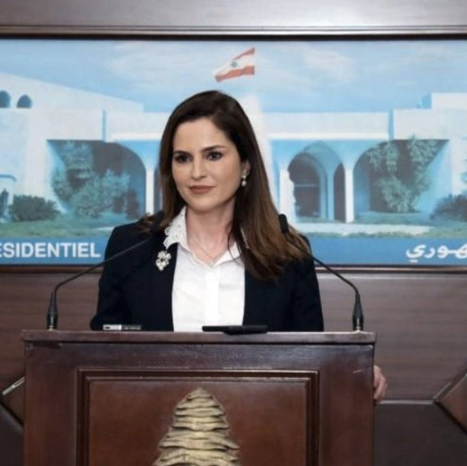Παραιτήθηκε η υπουργός Ενημέρωσης του Λιβάνου, λόγω της τραγωδίας στη Βηρυτό
