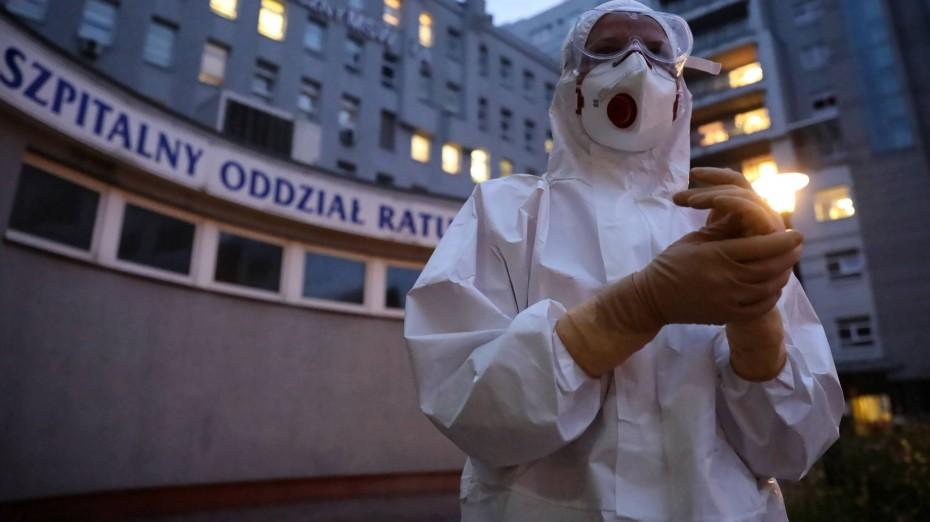 Και η Πολωνία αποκλείει δεύτερο lockdown για τον κορονοϊό