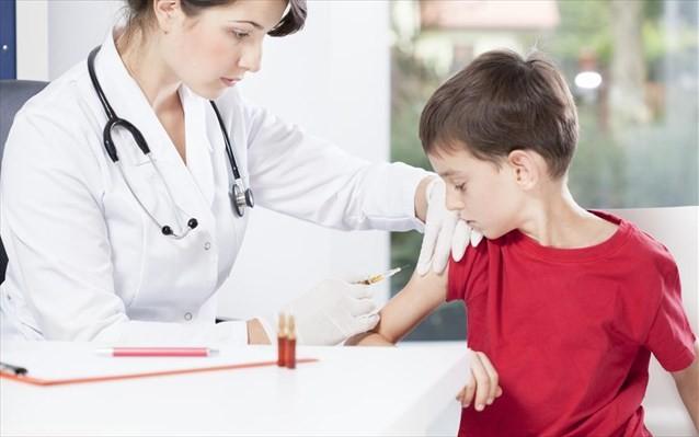 Μόνο με ιατρική συνταγή το αντιγριπικό εμβόλιο