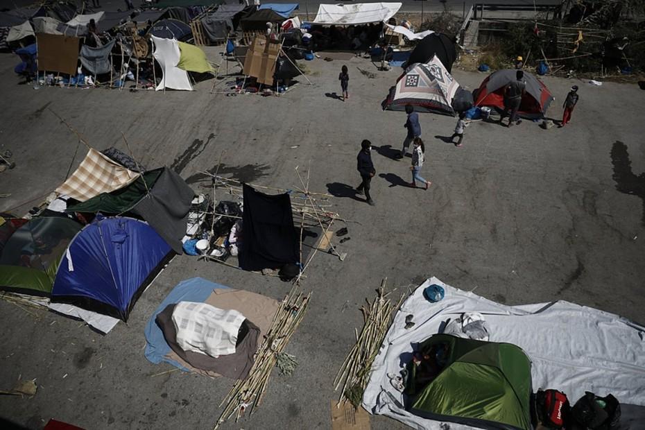 Στο Καρά Τεπέ 1200 πρόσφυγες, 35 θετικοί στον Covid-19