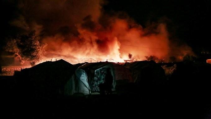 Λέσβος: Συνελήφθη και ο 6ος μετανάστης για την πυρκαγιά στη Μόρια