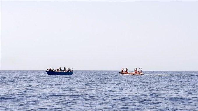 Δεκάδες νεκροί πρόσφυγες και μετανάστες σε ναυάγιο ανοιχτά της Λιβύης