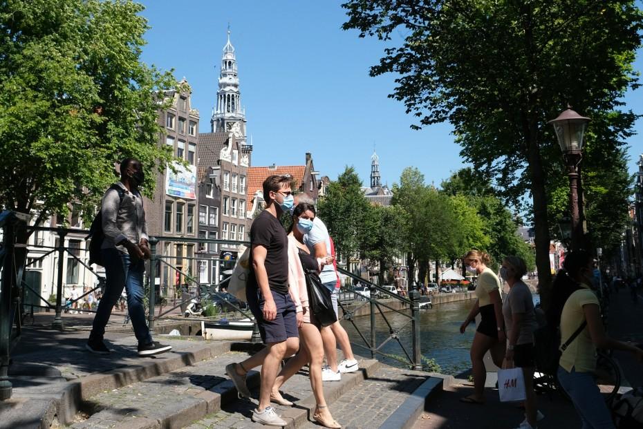 Στο υψηλότερο επίπεδο τα νέα κρούσματα κορονοϊού στην Ολλανδία