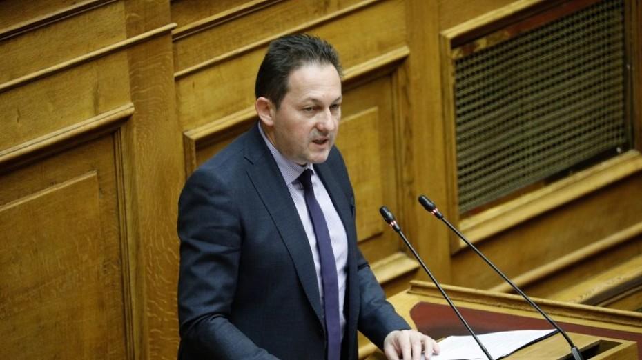 Ο Πέτσας κατηγορεί το ΣΥΡΙΖΑ για υποκίνηση επεισοδίων στην Καρδίτσα